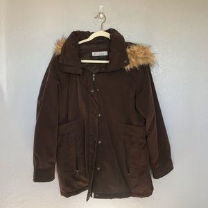 EUC Big Chill Brown Puffer Faux Fur Coat sz L